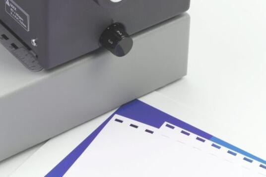 GBC Rilegatrice Ad Anelli Plastici CombBind C250Pro - 3