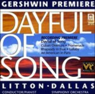 CD Dayful of Song, Cuban Overture, Promenade, Rhapsody in Blue, Lullaby di George Gershwin