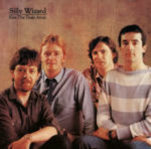 CD Kiss the Years Away di Silly Wizard