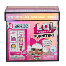 LOL Surprise! Furniture with Salon and Diva