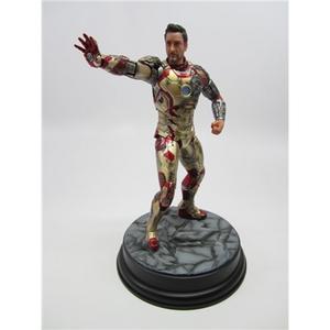 Giocattolo Action Hero Vignette. Iron Man 3 Mark XLII (Battle Damaged Version) (DR38118) Dragon 1