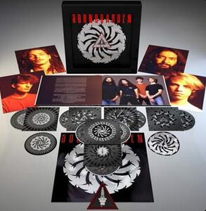 Badmotorfinger - CD Audio + DVD + Blu-ray Audio di Soundgarden - 2