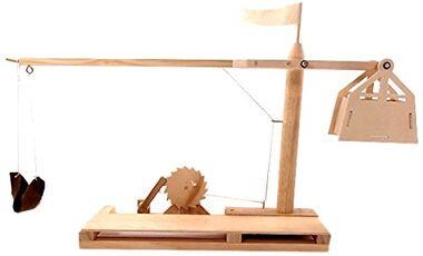 Giocattolo Leonardo da Vinci. Trebuchet Pathfinder