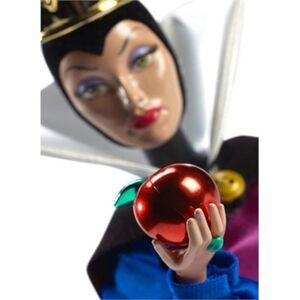 Giocattolo Disney classic Regina Cattiva Mattel 1