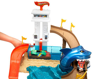 Hot Wheels. Playset squalo e spiaggia - 4
