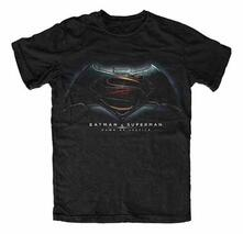 T-Shirt unisex Batman v Superman. Dawn of Justice