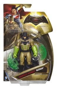 Giocattolo Action figure Batman con Guanti Potenziati. Batman v Superman Mattel