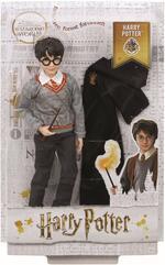 Harry Potter Personaggio Harry con Uniforme di Hogwarts e Bacchetta. Mattel (FYM50)