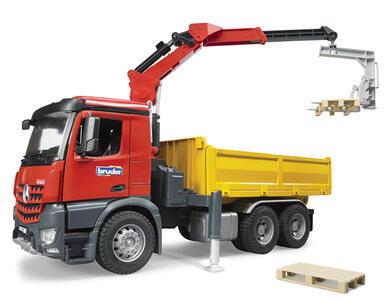 Camion MB Arocs con Gru - 2