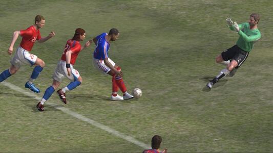 Pro Evolution Soccer 6 - 4