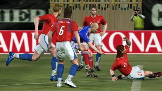 Pro Evolution Soccer 6 - 8