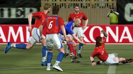 Videogioco Pro Evolution Soccer 6 Classic Xbox 360 2