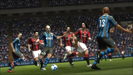 Pro Evolution Soccer 2012 - 7