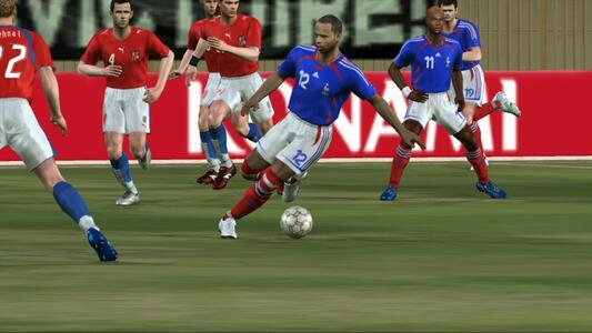 Pro Evolution Soccer 6 Classic - 3