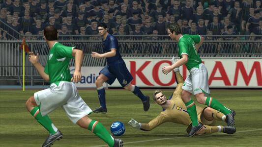 Pro Evolution Soccer 2008 - 7