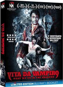 Vita da vampiro. What We Do in the Shadows. Limited Edition con booklet (Blu-ray) di Jemaine Clement,Taika Waititi - Blu-ray