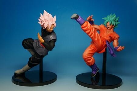 Set 2 Pz. Black Goku Rose/Goku Super Saiyan God Plastica 19Cm Dragon Ball Super Goku Fes!! Vol.5