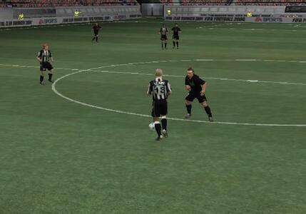Fifa Football 2004 - 6