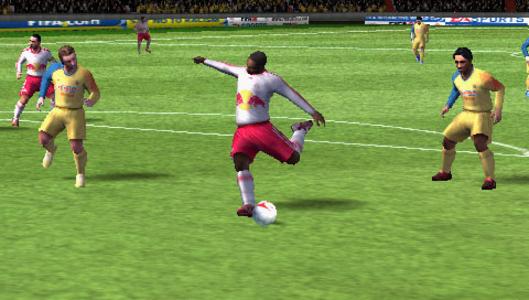 Videogioco FIFA 08 Sony PSP 6