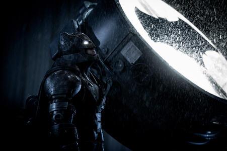 Batman v Superman. Dawn of Justice di Zack Snyder - DVD - 3