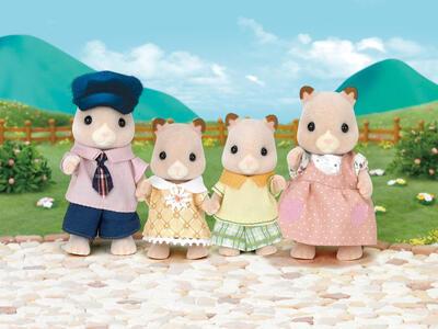 Sylvanian Families. Hamster Family - 4