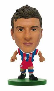 Soccerstarz. Bayern Munich Thomas Muller. Home Kit 2015 V - 2