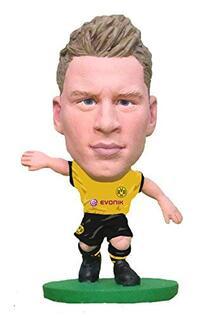 Soccerstarz. Borussia Dortmund Lukasz Piszczek Home Kit