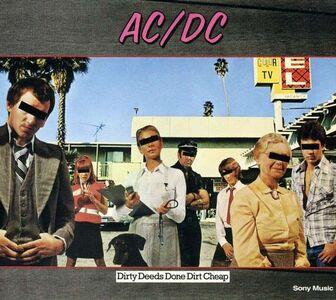 CD Dirty Deeds Done Dirt Cheap di AC/DC
