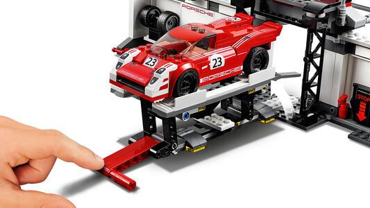 LEGO Speed Champions (75876). Porsche 919 Hybrid e 917K Pit Lane - 9