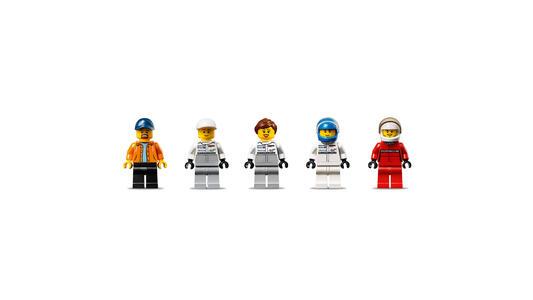 LEGO Speed Champions (75876). Porsche 919 Hybrid e 917K Pit Lane - 11