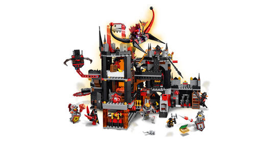 LEGO Nexo Knights (70323). Il Palazzo Vulcanico di Jestro - 11