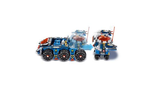 LEGO Nexo Knights (70322). Il Porta-torre di Axl - 13
