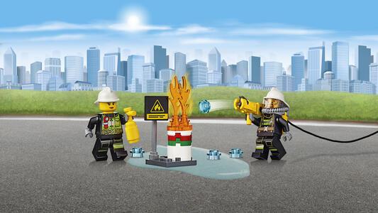LEGO City Fire (60107). Autopompa dei vigili del fuoco - 7