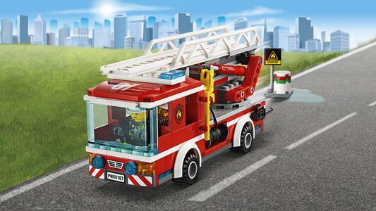 LEGO City Fire (60107). Autopompa dei vigili del fuoco - 11