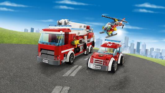 LEGO City Fire (60110). Caserma dei pompieri - 11