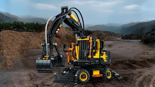 LEGO Technic (42053). Volvo EW 160E - 5