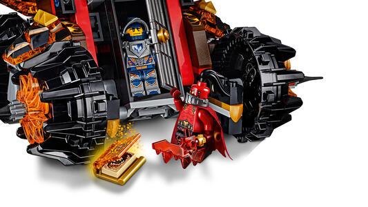 LEGO Nexo Knights (70321). Macchina d'assedio del generale Magmar - 12