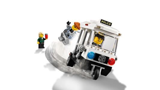 LEGO Ninjago (70607). Inseguimento a NINJAGO City - 11