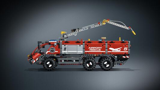 LEGO Technic (42068). Veicolo di Soccorso Aeroportuale - 9