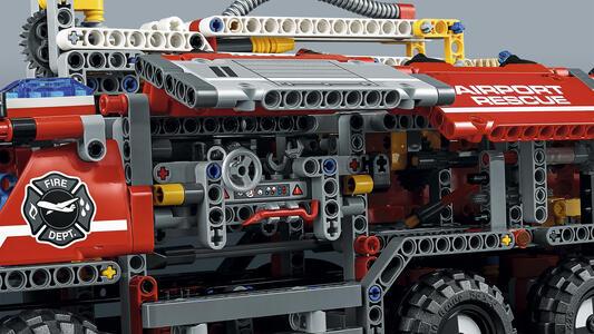 LEGO Technic (42068). Veicolo di Soccorso Aeroportuale - 11