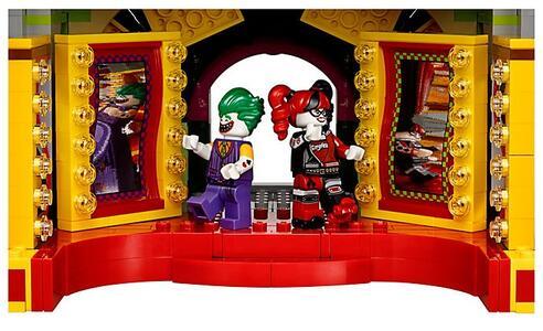 LEGO Batman Movie (70922). Il maniero di Joker - 12