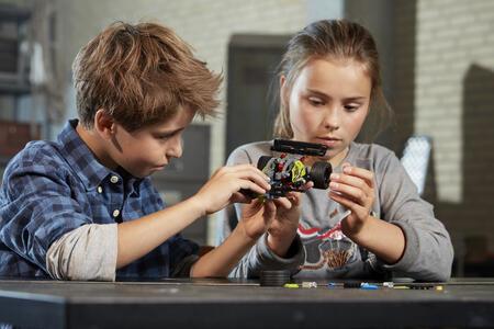 LEGO Technic (42072). ROARRR! - 2