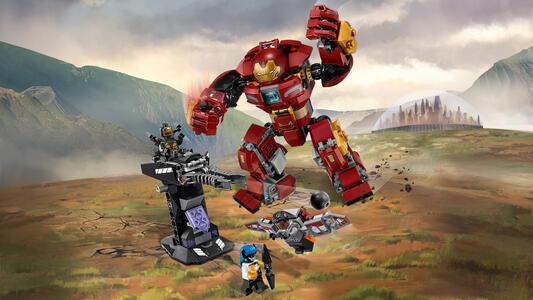 LEGO Super Heroes (76104). Duello con l'Hulkbuster - 4