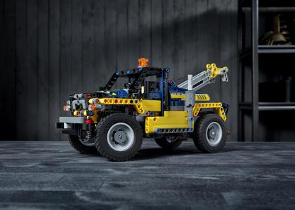 LEGO Technic (42079). Carrello elevatore Heavy Duty - 2