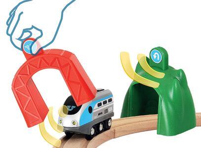 Brio Smart Tech Locomotiva Intelligente Con Tunnel - 11