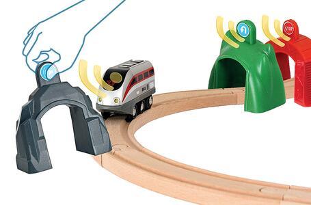 Brio Smart Tech Set Locomotiva Intelligente Con Tunnel - 11