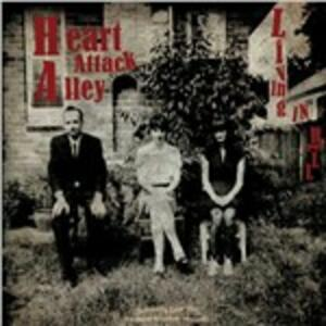 Living in Hell - Vinile LP di Heart Attack Alley