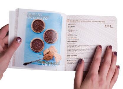 Stampo in Silicone Cookie Hearts Marrone + Manopola in Gift Box + Libro Ricettario - 10