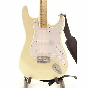 Chitarra in miniatura Jimi Hendrix. Fender Stratocaster Woodstock '68 - 2