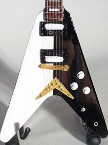 Chitarra in miniatura Scorpions. Michael Schenker. Dean Usa V Sg